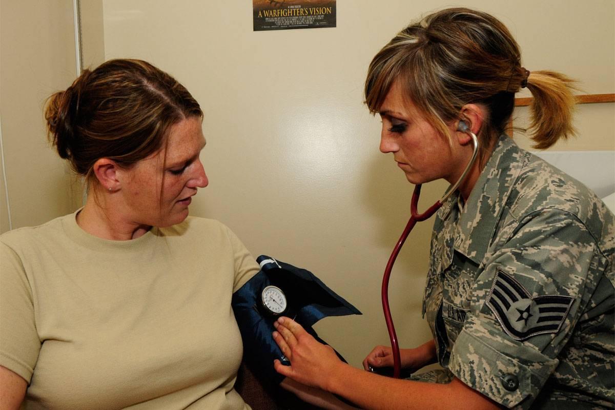 Артериальная гипертензия (1 и 2 степени) берут ли в армию?