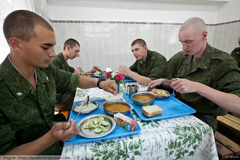 Как происходит встреча Нового года в армии?
