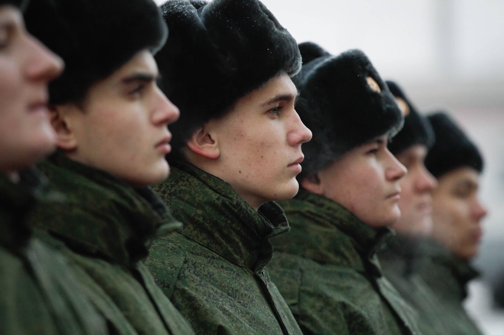 С такими родинками в армию не берут