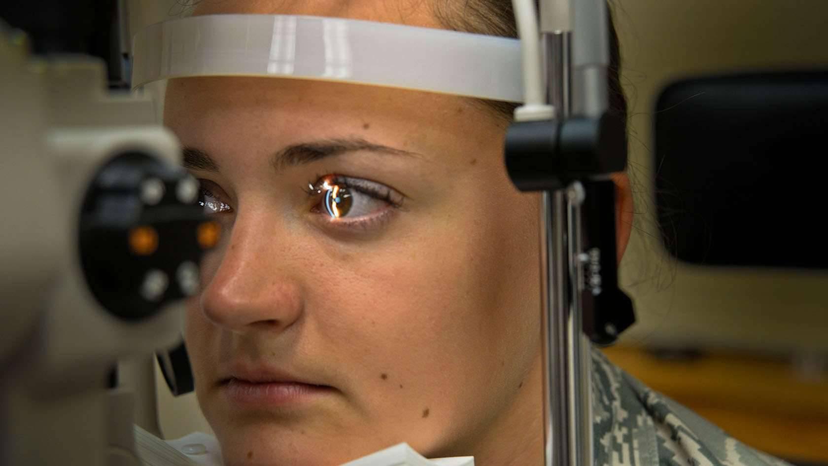 С каким зрением берут на службу в армию